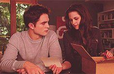 Love the way he look at herr