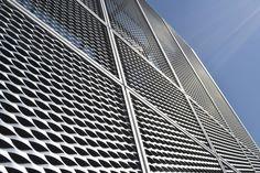 Afbeeldingsresultaat voor streckgitter edelstahl Facades, Skyscraper, Multi Story Building, Stainless Steel, Skyscrapers, Facade