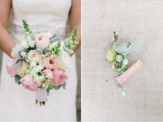 preppy-wedding-ideas-flowers