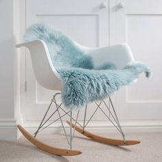 This beautiful luxury Australian sheepskin is super soft and will add the perfect finishing touch to your interior. The pale shade of green blue duck egg is one of our most popular fleeces! The size is approx 70 cms X 90 cms With a hair length of cms Shades Of Green, Blue Green, Sheepskin Rug, Bed Covers, Rocking Chair, Hair Lengths, Buy And Sell, Luxury, Interior