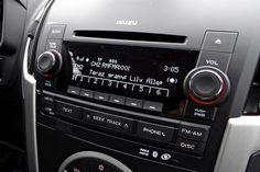 Volkswagen Amarok w porównaniu z Isuzu D-MAX Multimedia, Isuzu D-max, Volkswagen