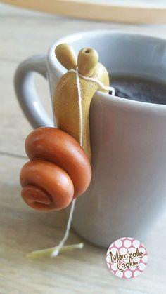 Léo l'escargot - Porte sachet de thé modelé à la main, élévé en captivité… Plus