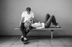 Posing Couples - 80 Pictures and Poses #couples #portraits #poses