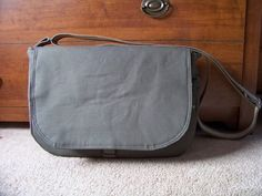 This is a tutorial for a DIY messenger bag. Not very detailed with words, but it makes up for it with pictures. I can't wait to try making one, I love messenger bags and this one looks so sturdy!