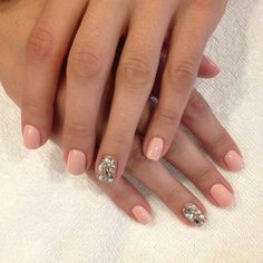 Loving the nude and sparkly nail!