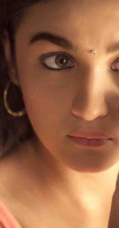 Best Actress (Critics): Alia Bhatt | Movie : Highway | www.indipin.com #indipin