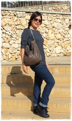 Look at that marvellous autumn navy style.  To check out the whole post:  http://cuidatuimagen.wordpress.com/2013/11/07/looks-de-otono-navy-style-by-laura/