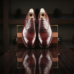 Saint Crispin's 522B in burgundy, classic last.  Perfect brown shoes.