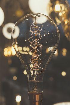 Somos fabricantes de lámparas de diseño. Hecho en Colombia Bangles, Room Decor, Inspiration, Jewelry, Hanging Lamps, So Done, Colombia, Bracelets, Biblical Inspiration