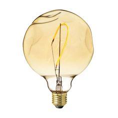 Zlaté LED tvoria LED žiarovky so zlatistým efektom skla. Light Bulb, Led, Home Decor, Decoration Home, Room Decor, Light Globes, Home Interior Design, Home Decoration, Interior Design