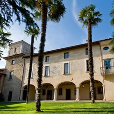 L'Unicorno, a Country house, Palace property, located in Lombardy, Italy Countryside Hotel, Country Retreats, Palace Hotel, Lake Garda, Castle, Villa, Italy, Mansions, House Styles