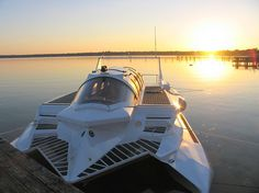 Hyper-Sub Submersible Powerboat