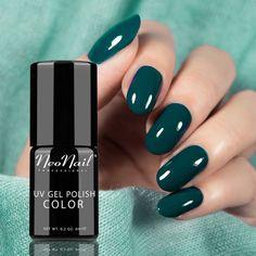 UV Gel Polish Color lakier hybrydowy 3778 Lush Green 6 ml - sprawdź na sobie i oczaruj tego, który wpadł Ci w oko! #lakier #fashion #style #musthave #nail #nails #nailart #naildesign #nailpolish