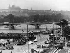 21 august 1968 Prague Prague Spring, Visit Prague, Heart Of Europe, Colourful Buildings, Fairytale Castle, Prague Czech, History Photos, Czech Republic, Time Travel