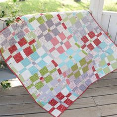 Precut Parade: FREE Layer Cake Pattern - The Jolly Jabber Quilting Blog