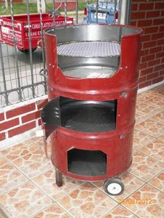 Discover thousands of images about Homemade grill. When I build my house I'm having BBQ! Outdoor Oven, Outdoor Cooking, Welding Projects, Diy Projects, Homemade Grill, Diy Wood Stove, Deco Restaurant, Barrel Furniture, Rocket Stoves