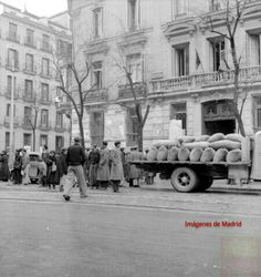 Calle Serrano año 1940 Suministros A.L.Deschamps
