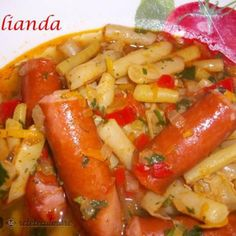 Mancare de pastai galbene cu carnati Romanian Food, What To Cook, Tofu, My Recipes, Sausage, Food And Drink, Meat, Chicken, Cooking