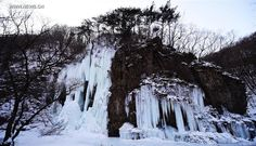 Scenery of icy waterfalls at Guanmen Mountain scenic spot in NE China (2) - People's Daily Online