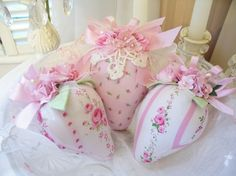 I am sort of obsessed with pincushions and Pinterest too!!  Pin, pin, pin