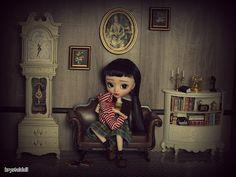 Les poupées de Krystal: Solitude et transition...