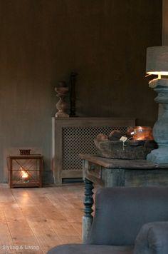 Styling & Living | Stoere sobere woonkamer met kalkverf muren| Carte Colori| Rustic lime paint| www.stylingandlivingshop.nl