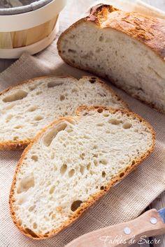 Il pane fatto in casa, procedimento e videoricetta di un'antica tradizione mai dimenticata e arrivata integra e ancora ricca di poesia fino ai giorni nostri