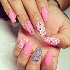 Pink nails with rhinestones and flowers