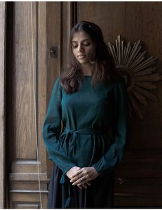 """""""Ziema"""" cotton top forest green New Delhi, Crepe Top, Clothes Horse, Body Shapes, Vintage Fashion, Vintage Style, High Neck Dress, Green, Cotton"""