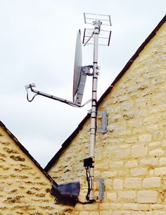 Aerials Gloucestershire call AKM Aerials on 0800 0122356 or 07825 913917 Tv Aerials, Akm, Utility Pole