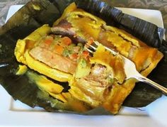 Mom's Colombian Tamales (Tamales Colombianos de mi Mamá) Colombian Dishes, My Colombian Recipes, Colombian Cuisine, Latin American Food, Latin Food, Colombian Breakfast, Tamale Recipe, Mexican Food Recipes, Ethnic Recipes