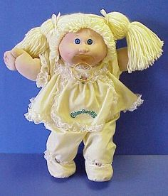 My cabbage patch doll, I had like ones name was Megan Hope Muñecas Cabbage, Cabbage Dolls, My Childhood Memories, Childhood Toys, Dolls From The 80s, Cabbage Patch Kids Dolls, Vintage Cabbage Patch Dolls, Popular Toys, 80s Kids