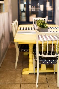 Adorable dining room makeover - www.classyclutter.net