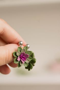 Cute Polymer Clay, Polymer Clay Flowers, Polymer Clay Projects, Polymer Clay Jewelry, Diy Clay Earrings, Stud Earrings, Clay Ornaments, Clay Design, Jewelry Crafts