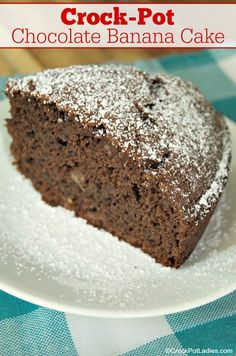 Crock-Pot Chocolate Banana Cake - This Recipe For Crock-Pot Chocolate Banana Cake Yields A Light And Fluffy Chocolate Cake Just A Hint Of Banana. Just 4 Ingredients And 1 Hour To Bake Vegetarian Sweet Recipes, Cake Recipes, Dessert Recipes, Yummy Recipes, Delicious Desserts, Vegetarian Recipes, Yummy Food, Crock Pot Desserts, Desert Recipes