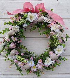 wiosenny wianek Spring Flowers, Floral Wreath, Wreaths, Garden, Home Decor, Floral Crown, Garten, Decoration Home, Door Wreaths