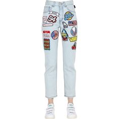 Gcds Women Embroidered Patches Denim Jeans ($290) ❤ liked on Polyvore featuring jeans, pants, light blue, highwaist jeans, gcds, patched jeans, 5 pocket jeans and high waisted jeans