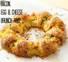 Bacon, Egg & Cheese Brunch Ring