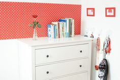 Little girl's room with red dotted wallpaper – Kónya Hajnalka Design Little Girl Rooms, Little Girls, Red Dots, Wallpaper, Projects, Furniture, Design, Home Decor, Log Projects