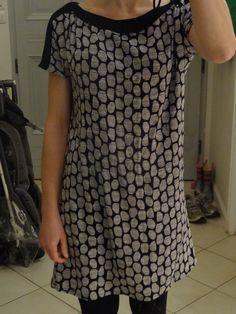 Halo Grey fra Atelier Brunette.  Køb det hos METERMETER - www.metermeter.dk/stof-metervarer/atelier-brunette