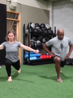 Join us for this 50 minute full body BODYWEIGHT WORKOUT, bodyweight strength training and functional fitness routine, taught by Coach Emma Bissonnette. Full Body Bodyweight Workout, Bodyweight Strength Training, Body Training, Workout Men, Full Body Stretching Routine, Full Body Workout Routine, Full Body Workout At Home, Workout Routines, Leg Workouts For Men