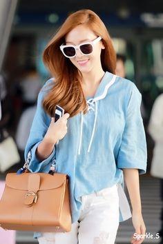 150527 jessica's airport fashion