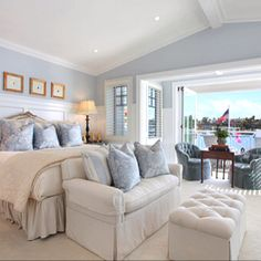 8 Chic Hamptons Style Bedrooms you will love Coastal Master Bedroom, Coastal Bedrooms, Dream Bedroom, Home Bedroom, Bedroom Decor, Bedroom Ideas, Bedroom Suites, Pretty Bedroom, Bedroom Furniture