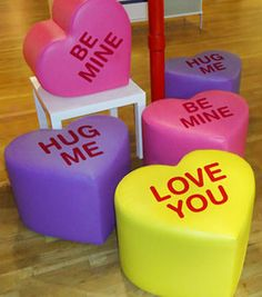 26 Remixed Love Heart Sweets - From Candy Heart-Shaped Candles to Conversation Heart Confetti (TOPLIST) Candy Themed Bedroom, Bedroom Themes, Bedroom Decor, Cute Furniture, Furniture Decor, Furniture Design, My New Room, My Room, Dorm Room