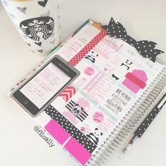 filoally: A snow day means I have to start working on next weeks pages! #filofax #filoaddict
