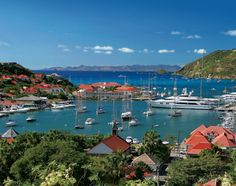 ST. BARTH'S: Celebrate New Year's Eve on a Boat