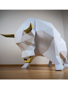 This beast of a bull is not to be tangled with. This is suggested by the muscles of the heavyweight and his combative body tension. It's missing on. Peace Flag, Polygon Modeling, Animal Heads, 3d Paper, Timeless Design, Paper Cutting, Art Pieces, Sculptures, Arts And Crafts