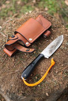 "Butt sheath for the ""Carcajou"" knife"