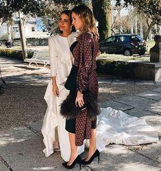 Boda Maria-Fernandez Rubies Wedding Guest Style, Wedding Styles, Spanish Girls, Bridal Tips, Dream Wedding Dresses, Wedding Details, Kimono Top, Photoshoot, Style Inspiration