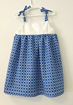 Hello Everyone! Found this blue fabric in my local fabric store in the clearance section and decided to grab it to make a cute dress for my 4 year old. Recently, she has decided that only boys wear pants and so is refusing to wear anything but dresses and skirts. This pattern was hand created …